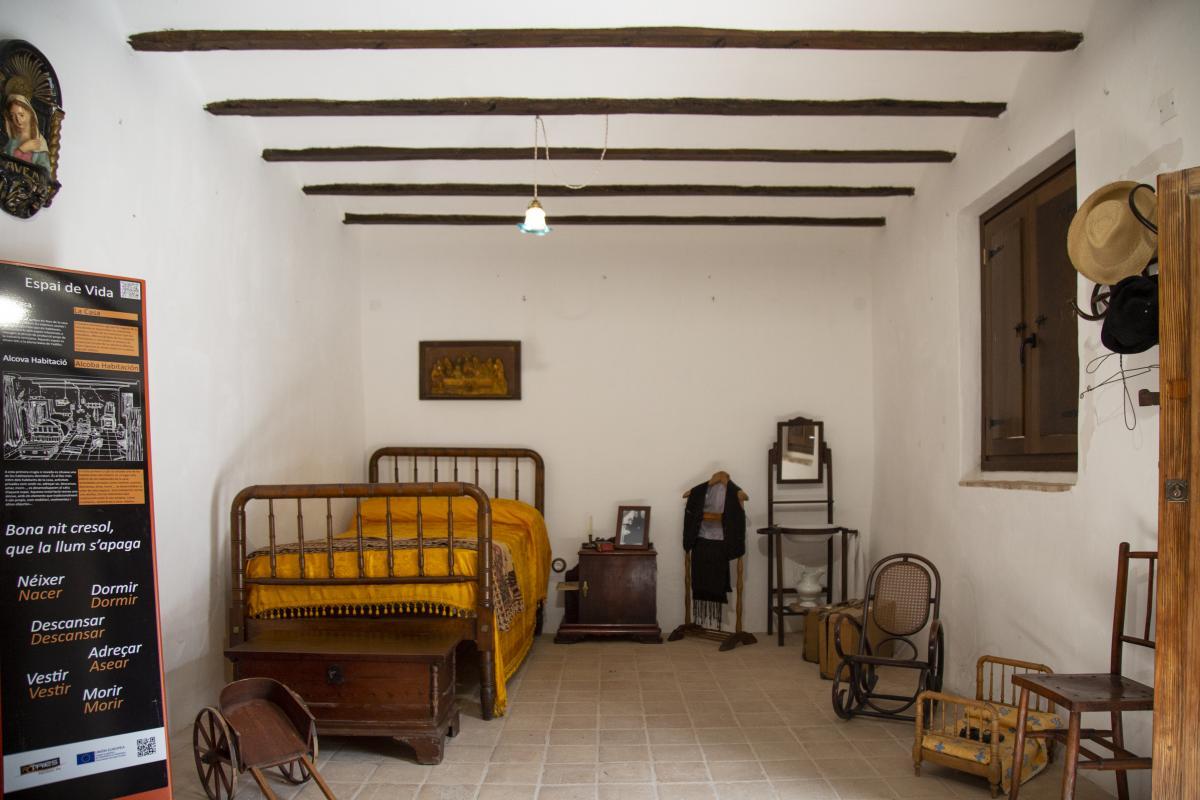 Museu Etnològic Àngel Domínguez, Potries